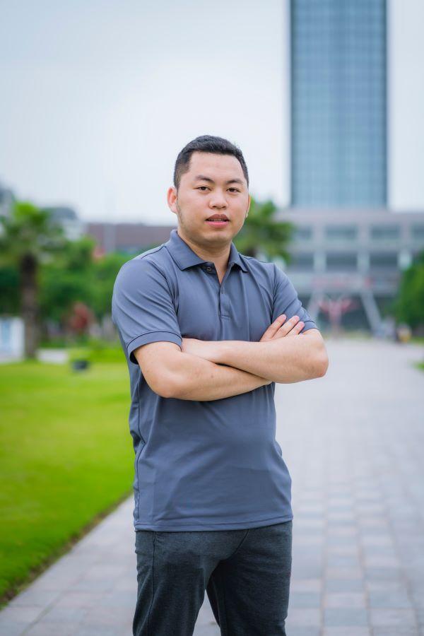 Nguyễn Khắc Cường - Chấp nhận từ bỏ thứ mình đang có để theo đuổi đam mê