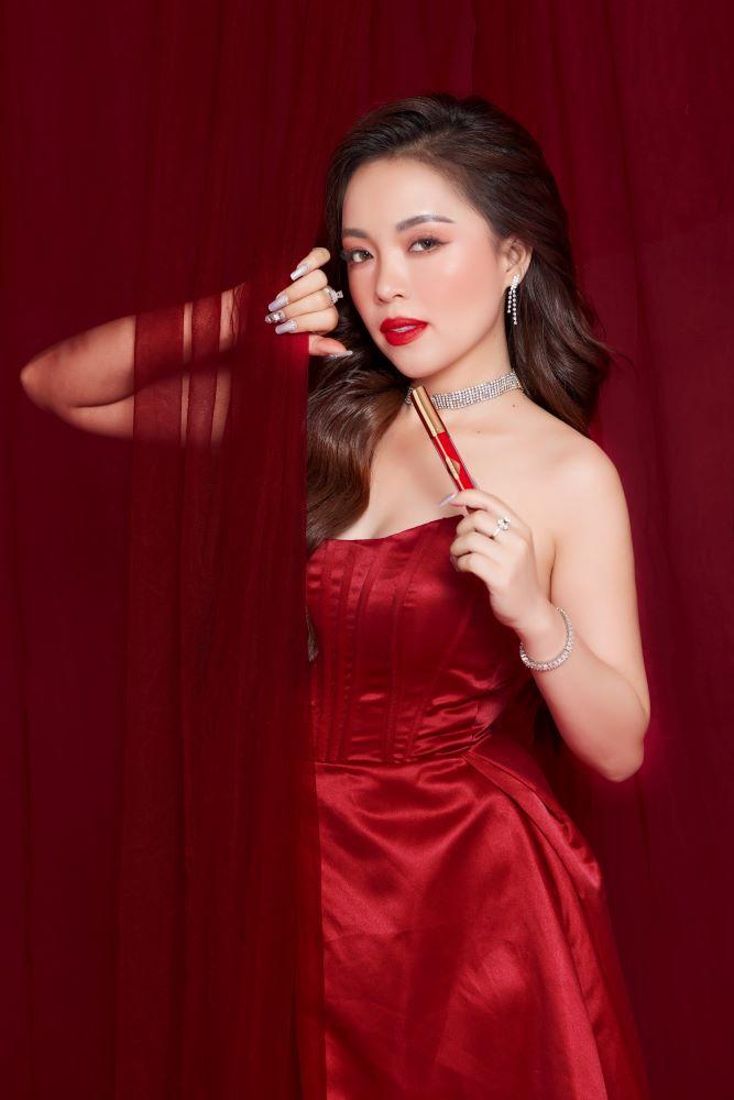 CEO Hằng Nguyễn - Hình mẫu phụ nữ thành công được ngưỡng mộ
